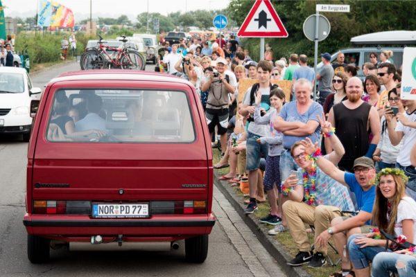 midsummer_bulli_festival_-©_phil_schreyer_249_Ausfahrt