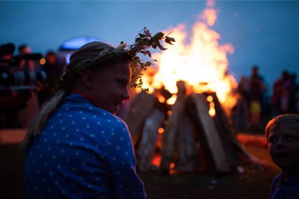 midsummer_bulli_festival_-©_phil_schreyer_347_MIDSUMMER_FEUER_-