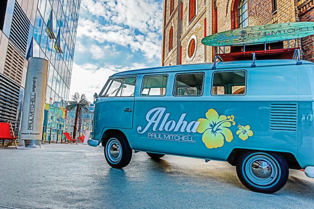 Aloha, Paul Mitchell